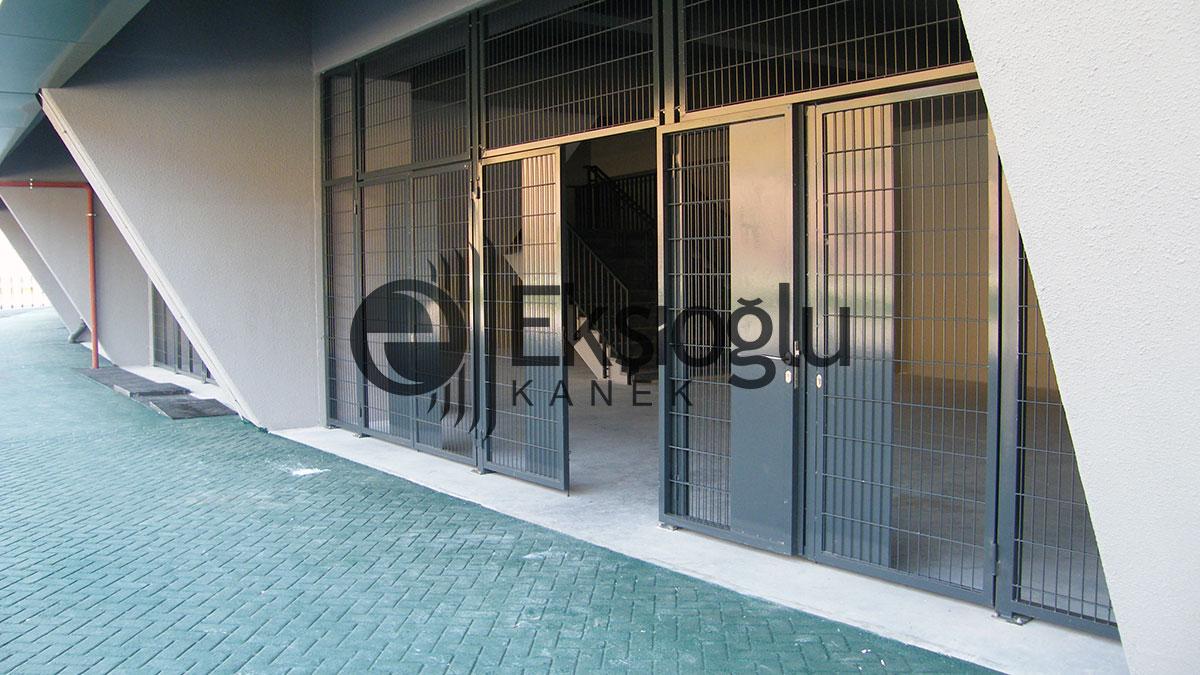 kocaeli stadı panel tel kapı uygulaması