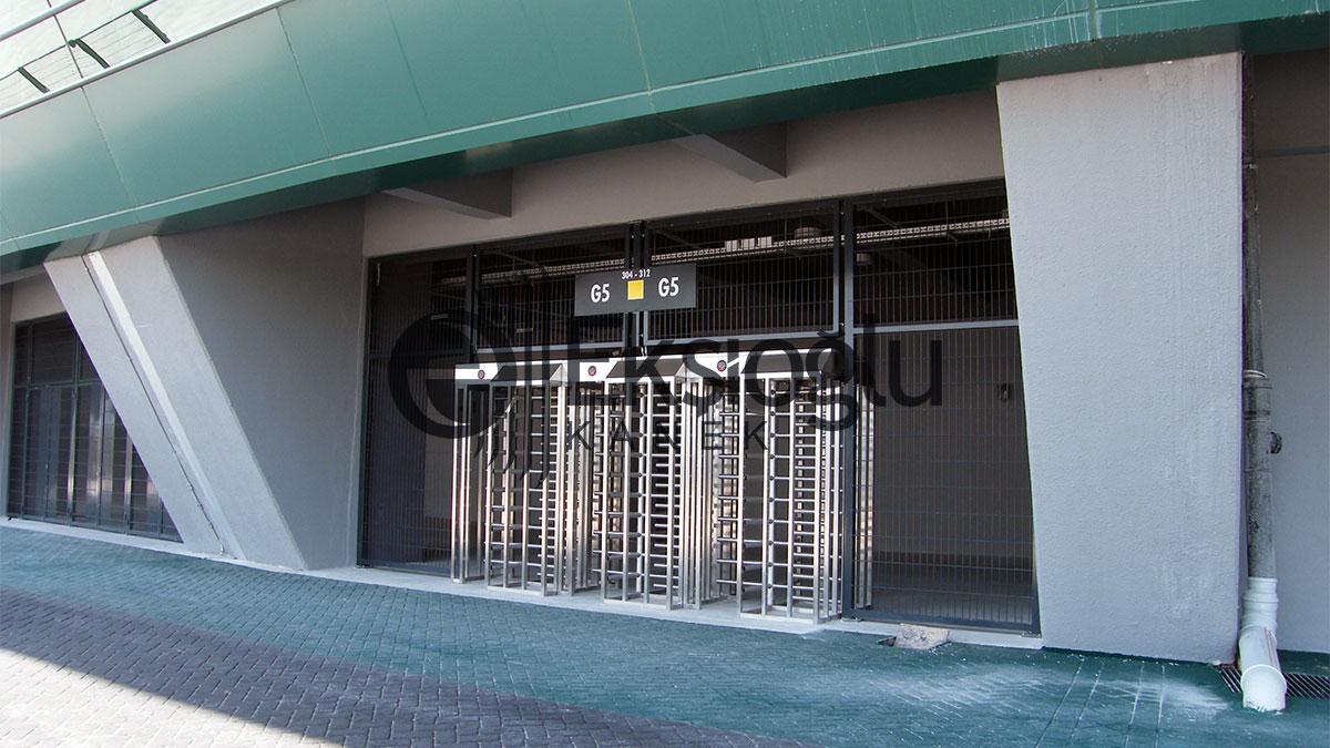 Sakarya stadyumu misafir ve taraftar giriş kapıları
